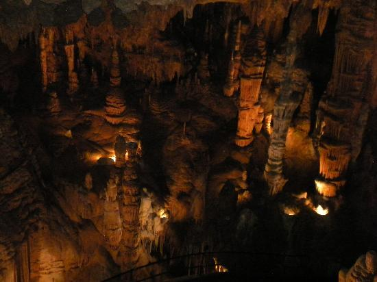 Luray Caverns: Looking down into the cavern from the catwalk.