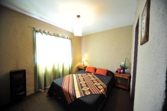 Lo De Max: habitacion cama matrimonial