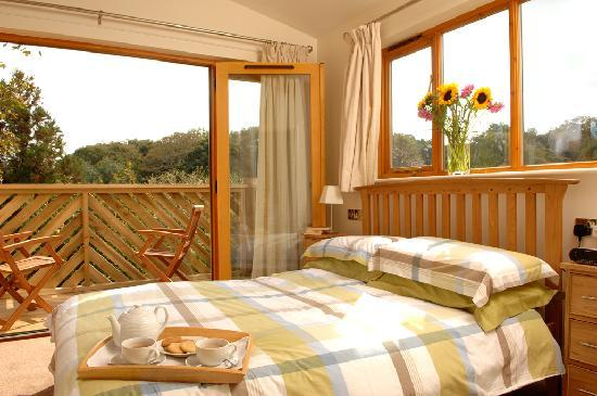 Leycroft Valley Holidays: Treehouse Bedroom