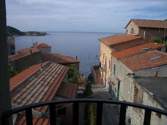 Da Ruggero: vista dal balconcino della camera