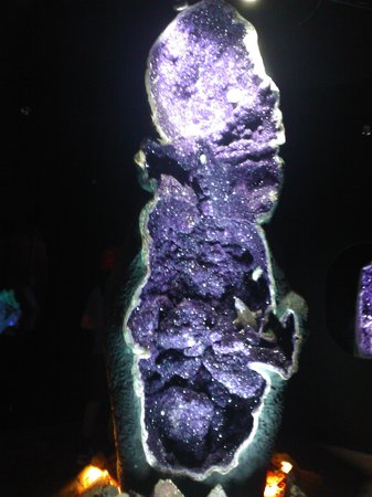 The Crystal Caves : Empress of Uruguay amethyst crystal