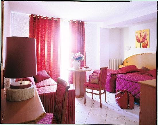 Heudicourt Sous Les Cotes, Francia: Chambre 3*** double - douche