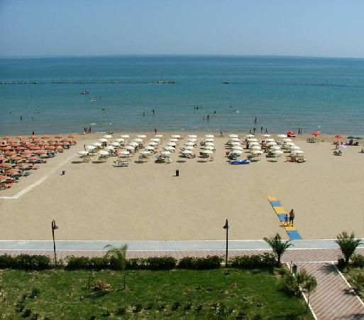Roses Hotel: La Spiaggia