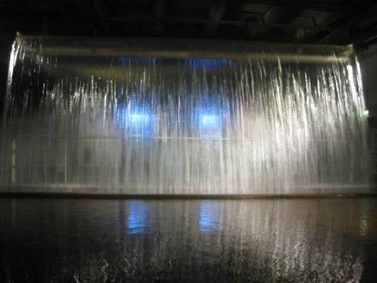 Guinness Storehouse: Indoor waterfall