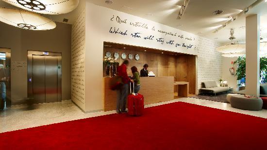 Hotel Astoria 7 : Hall Recepción