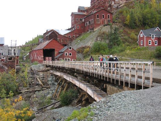 St. Elias Alpine Guides: Kennicott Mine