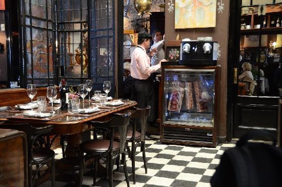 La Cabrera Sur: restaurant
