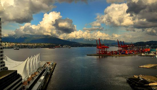 Fairmont Waterfront : view from the room