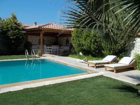Villa Fora Alacati: la piscina