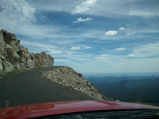 Mount Evans Scenic Byway : Again, practice caution on the Byway