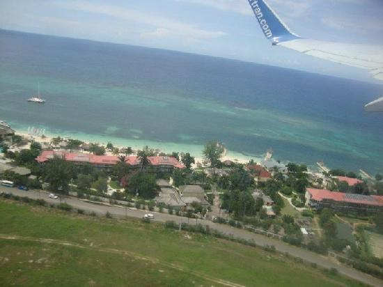 Sandals Montego Bay: view from plane as we were leaving