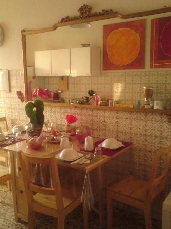 MoreMare Bed & Breakfast: kitchen 1