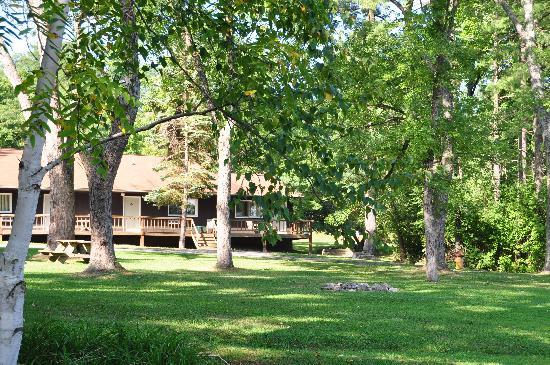 Seneca Lodge: Excellent location