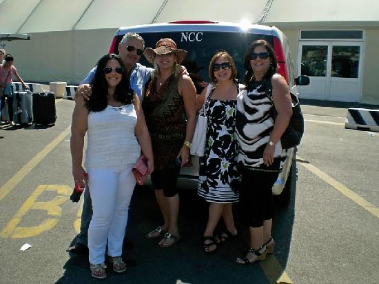 Shuttle Limousine Rome Tours: At the Port