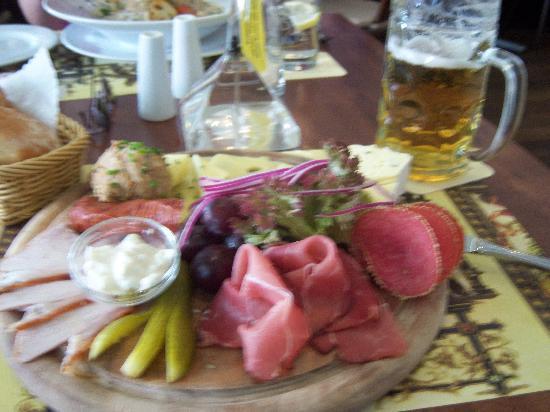 Restaurant Deutsche Eiche: Bavarian Snack