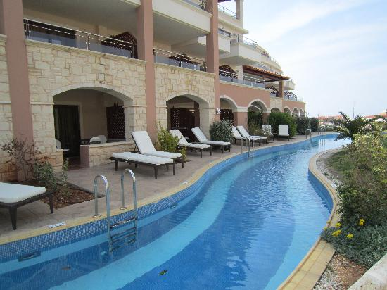 Hotels With Swim Up Rooms Crete