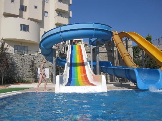 Side Mare Resort & Spa: Piscine avec 4 toboggans