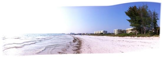 Siesta Key, FL: Panorama of Crescent Beach at Tropical Beach Resorts, Sara Sea Circle. May 2011.