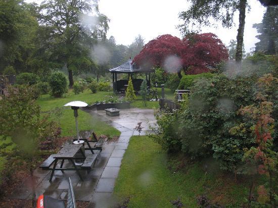 East Lodge Invergloy: spiando la pioggia