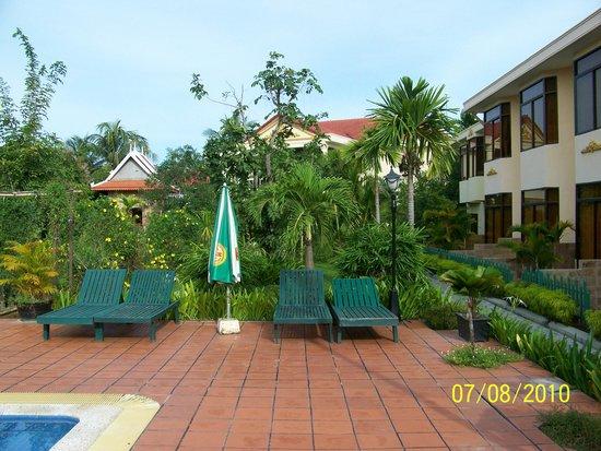 Hibiscus Angkor Resort : Green space