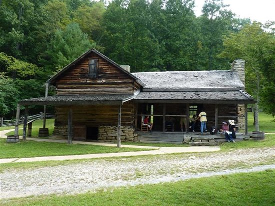Roaring Gap, NC: The House