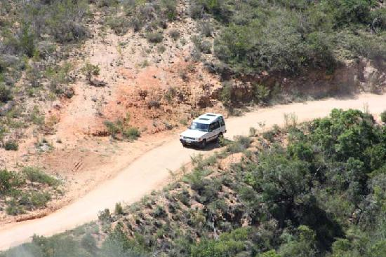 Camdeboo Adventure Tours: 4x4 trips - explore the Baviaanskloof