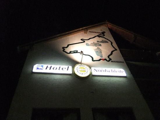 Hotel an der Nordschleife: Outside the hotel