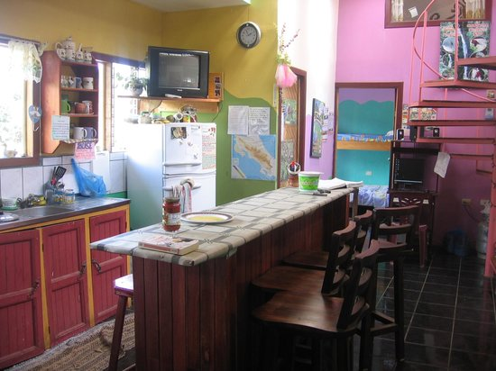 Hotel Sloth Backpackers Bed & Breakfast: Kitchen !