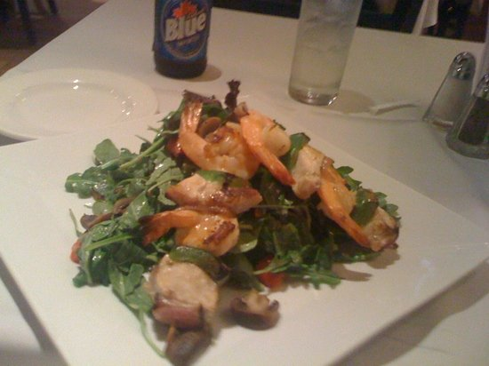 Mustang Harry's: salads of the day
