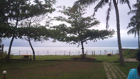 Varkala Golden Beach Resort: view of beach