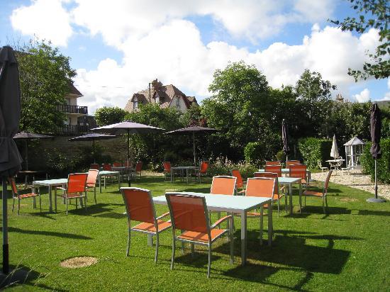 La Villa Andry : jardin