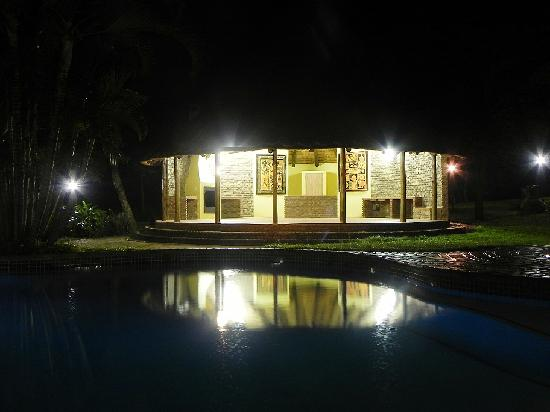 Kwambali Riverside Lodge: Lapa