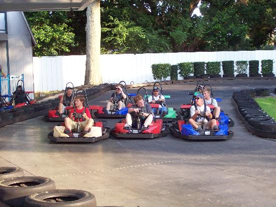 Fast Eddies Fun Center: SuperKart Speedway- Real Racing! Real Fun! Real Fast!