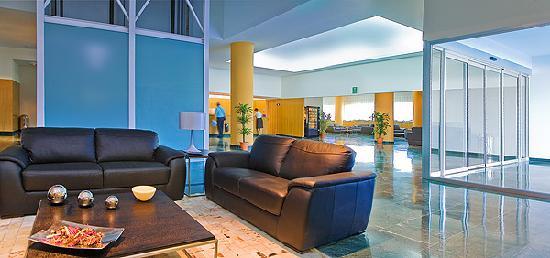 La Estacion Hotel: RECEPCION