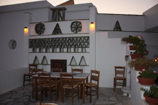 Porto Raphael Residences & Suites: terrazza del ristorante