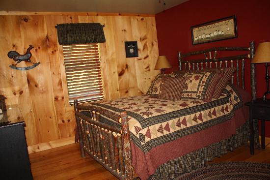 Dillon Hill Inn, B&B & Cabins: Our Room