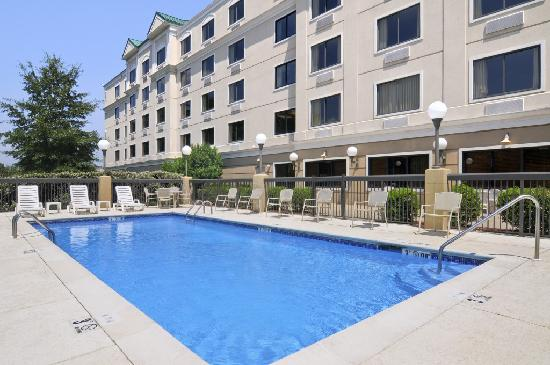 Baymont Inn & Suites Jackson: Swimming Pool