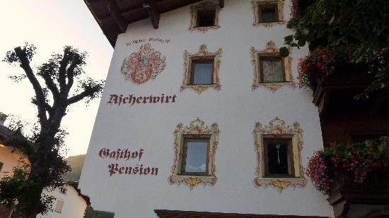 Gasthof Ascherwirt: Front of Hotel