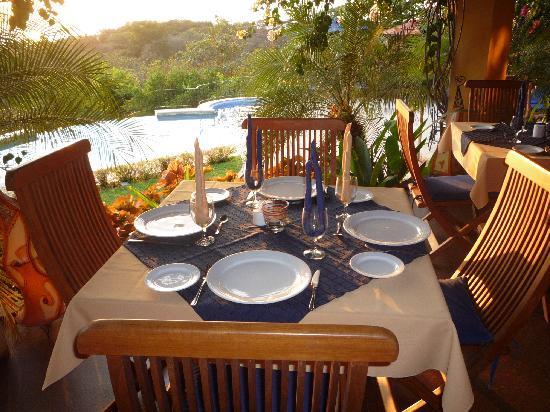 Hotel Luna Azul: Dinner for 4