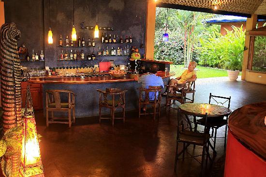 Hotel Luna Azul: Tropical cocktail bar