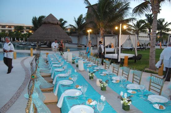 Secrets Maroma Beach Riviera Cancun: Table setting at reception