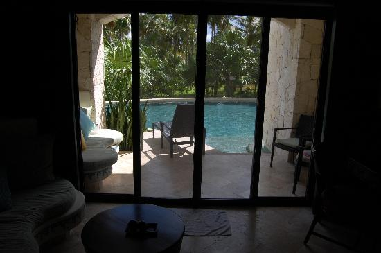 Secrets Maroma Beach Riviera Cancun: looking to the patio