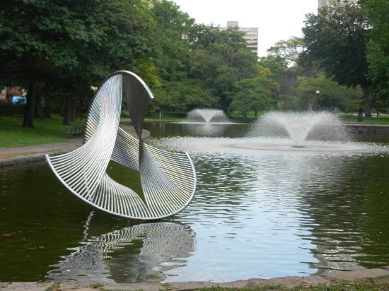 Bushnell Park: Lily Pond