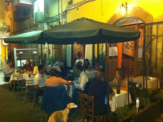 Angolo Masuccio: de sfeer van osteria