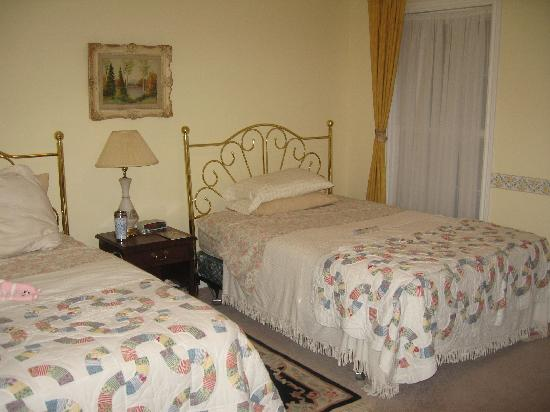 Casa Blanca Boutique Bed & Breakfast: bed room for two