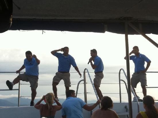 Vallarta Adventures: the boat crew for ritmos de la noche