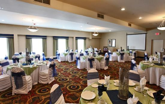Fairfield Inn & Suites Belleville: The Churchill Room- where great weddings happen!