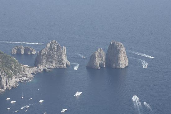Mount Solaro: View to Il Faraglioni