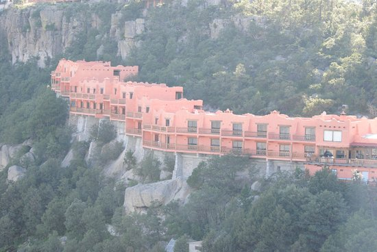 Posada Barrancas Mirador: The Hotel from the rim