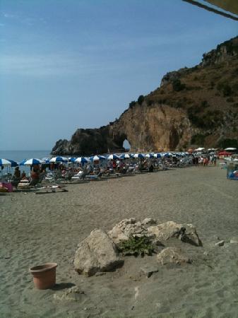 Arco Naturale Club: la spiaggia del villaggio